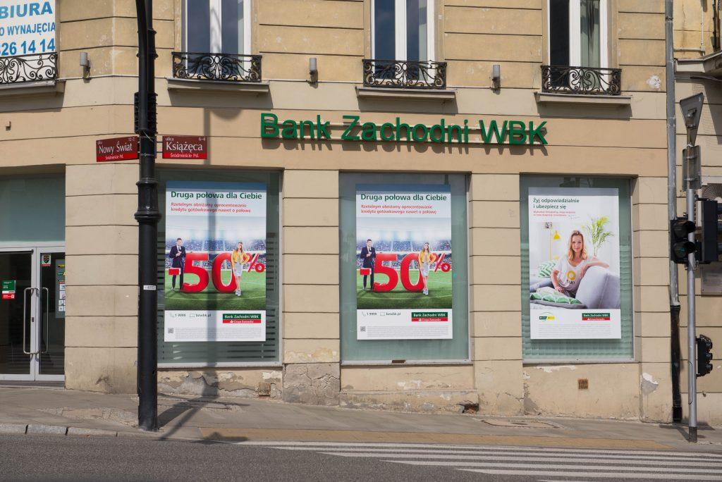 BZ WBK oddaje pieniądze klientom