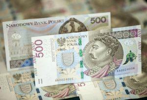 Jak radzi sobie banknot 500 zł?