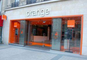 Orange Polska surowo ukarane za nielegalne przedłużanie umów klientom.