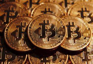 Symboliczny moment. Bitcoin wart więcej niż złoto.