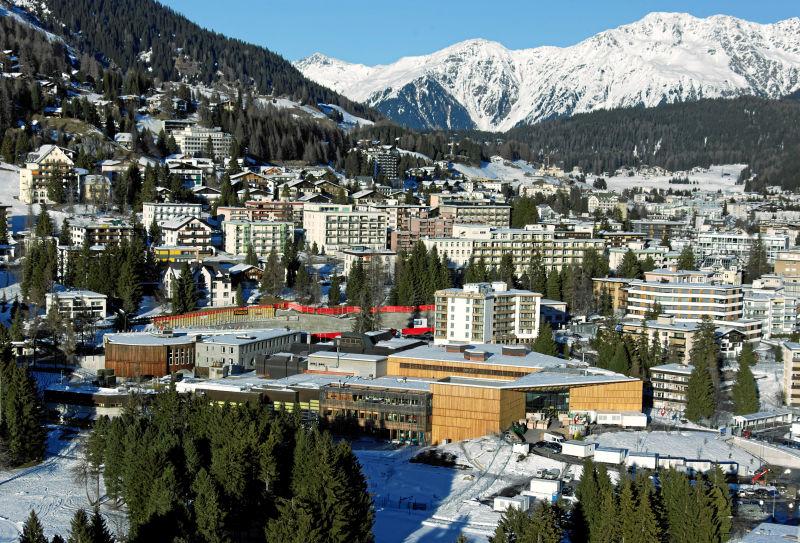 Centrum World Economic Forum w Davos. W 2017 roku po raz pierwszy pojawił się tu prezydent Chin.