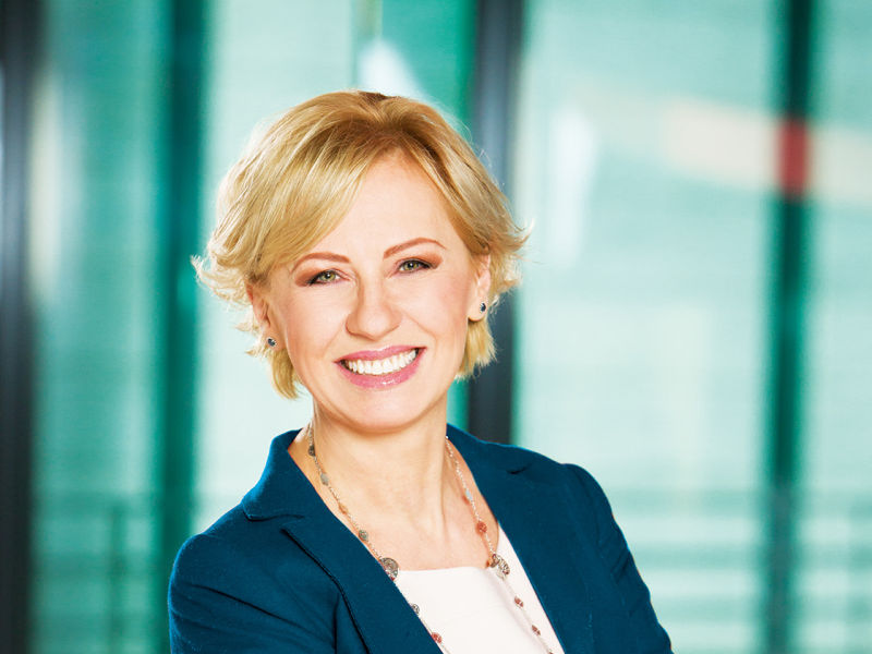 Jolanta Rycerz dyrektor pionu sprzedaży usług bankowych First Data Polska.