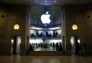 iPhone 8 będzie miał funkcję bezprzewodowego ładowania i prawdopodobnie skaner tęczówki.