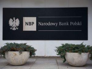 Płatności zbliżeniowe wciąż na fali. Najnowsze dane NBP