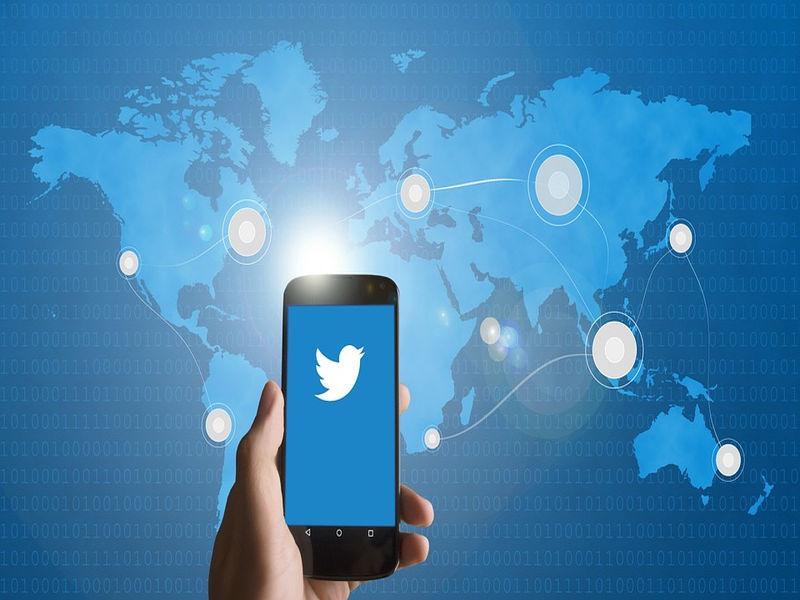Twittera opanowują roboty. Już 48 mln kont na platformie to automaty.