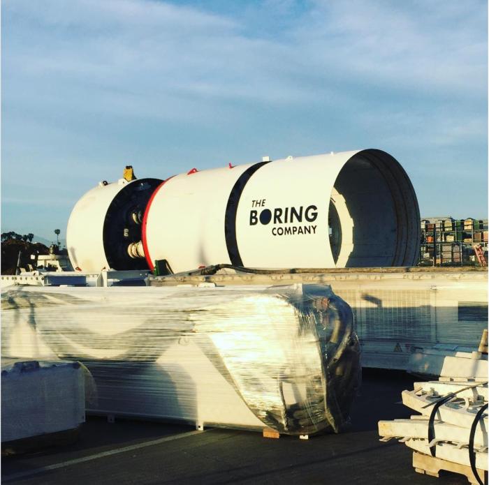 Boring Company - takim sprzętem Musk chce kopać podziemne tunele.