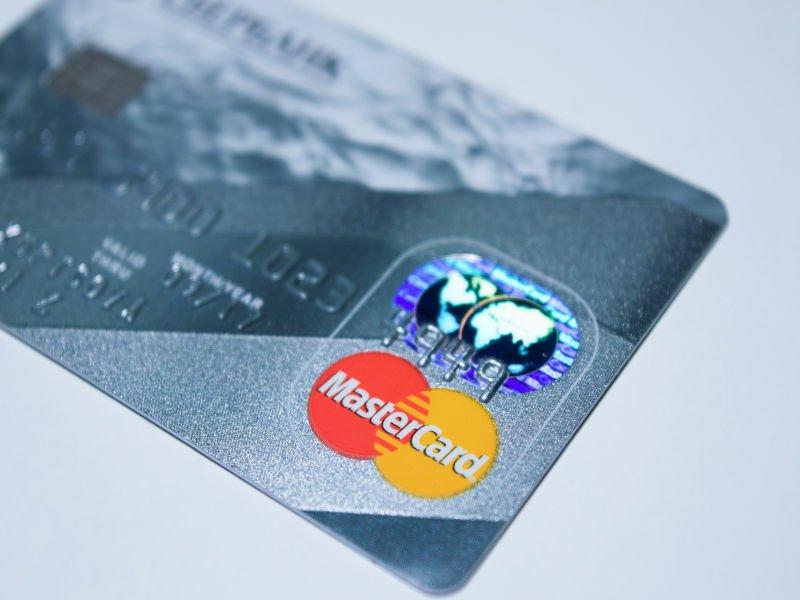 Mastercard wprowadza system wczesnego wykrywania oszustw