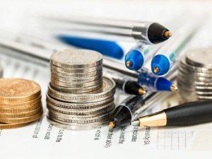 Polacy nie inwestują, bo najbardziej ufają tradycyjnym produktom bankowym.