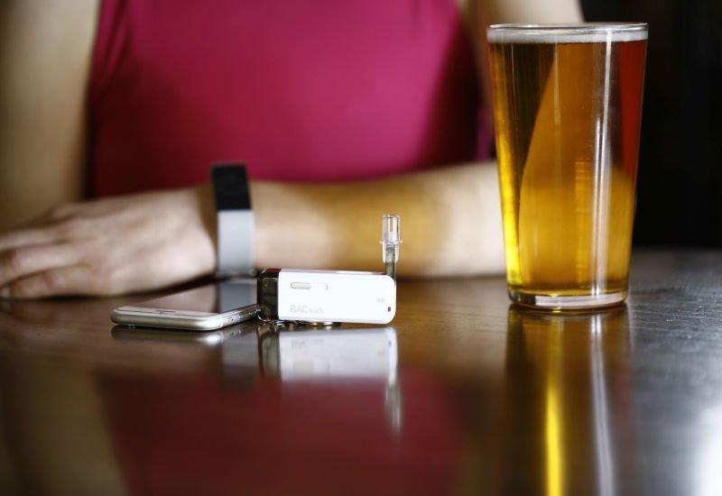 Szalone wydatki po alkoholu? DrnkPay rozwiąże ten problem.