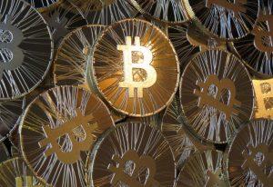 Kolejna granica pokonana. Bitcoin wart już ponad 8 tysięcy dolarów