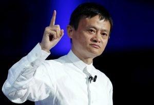 Jack Ma usuwa się w cień. Miliarder odda władzę w Alibabie
