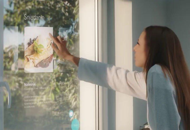 Okno, telewizor i tablet w jednym? Drutex pokazał swój projekt.