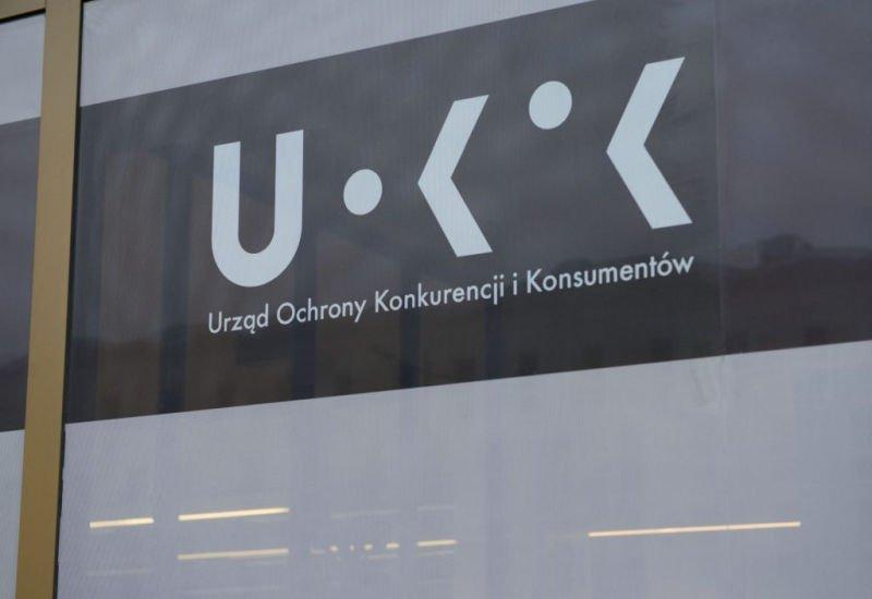 UOKiK apeluje do Google i Apple
