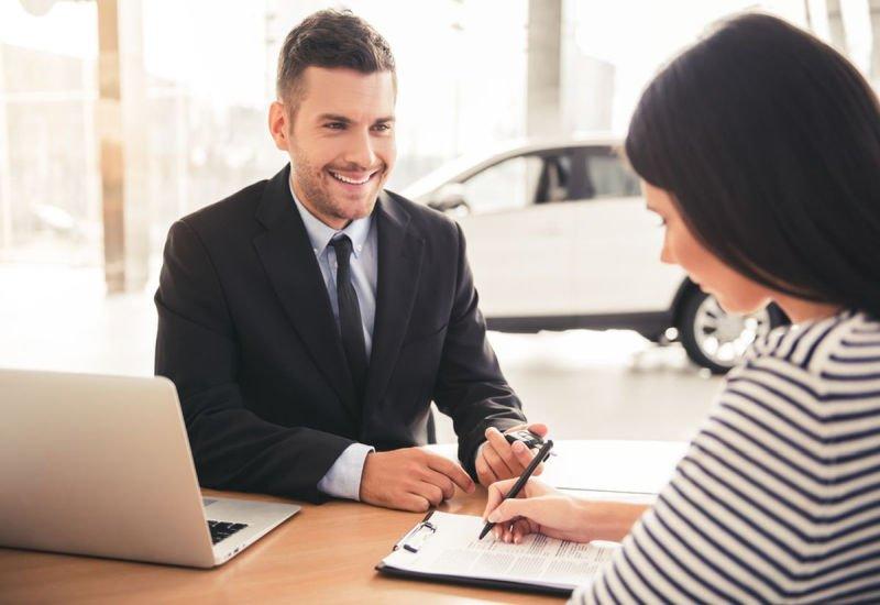 Własna działalność w branży finansowej - jak zwiększyć sprzedaż?