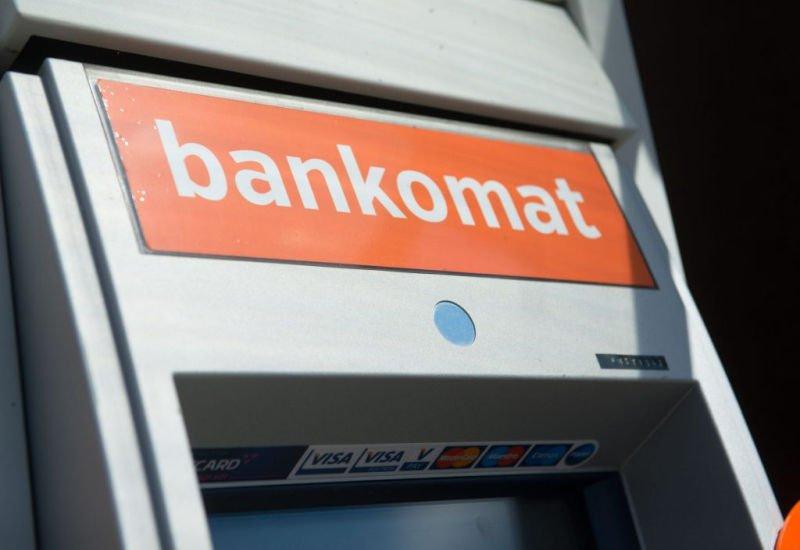 PKO Bank Polski ostrzega przed kodami QR na bankomatach