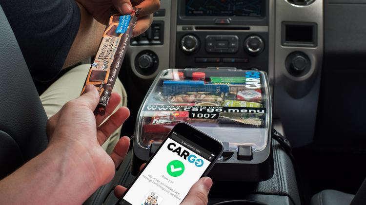 Cargo - samochód zmnieniony w mobilny sklepik. Źródło: media.bizj.us