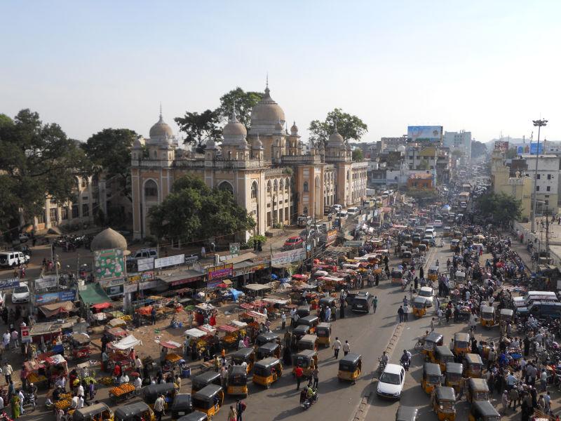 Indie ograniczają rozwój autonomicznych pojazdów - boją się wzrostu bezrobocia.