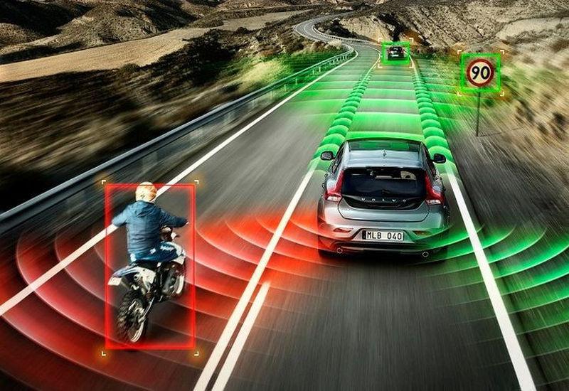 Brytyjski rząd reguluje rozwój autonomicznych samochodów.