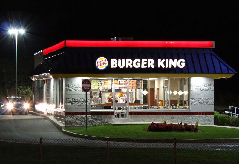 Kryptowalutą za burgera? Takie rzeczy tylko w Rosji