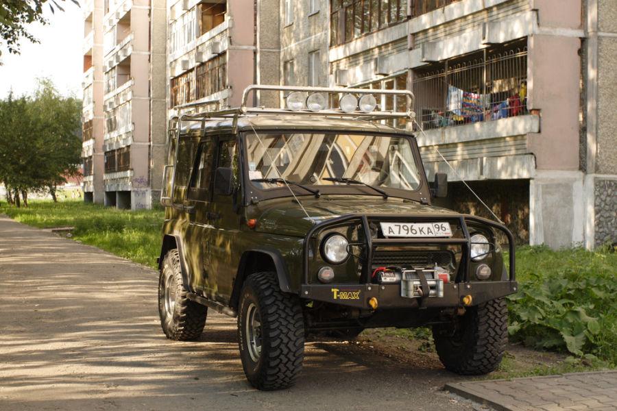 UAZ - rosyjski Jeep za kryptowalutę.