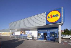 Grupa Europa ubezpieczy klientów Lidla.