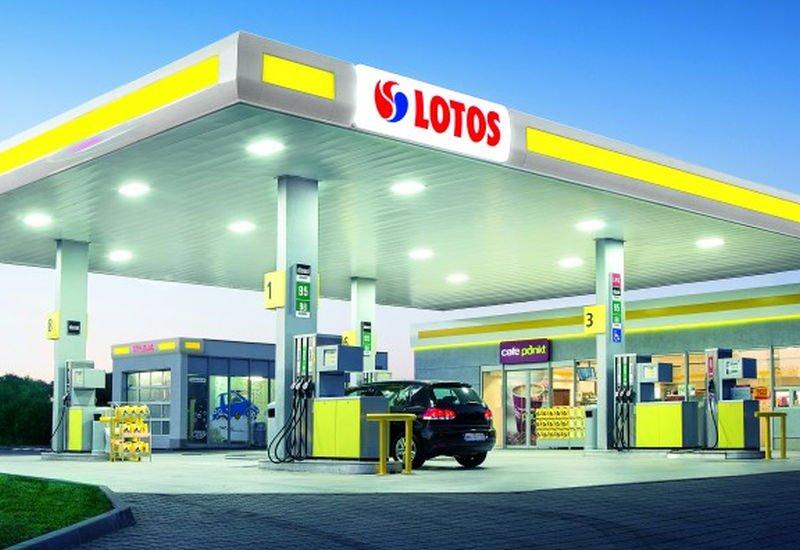 Lotos zbuduje sieć ładowarek dla samochodów elektrycznych przy autostradach A1 i A2.
