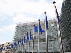 Nowy projekt rozporządzenia UE w sprawie przepływu danych.