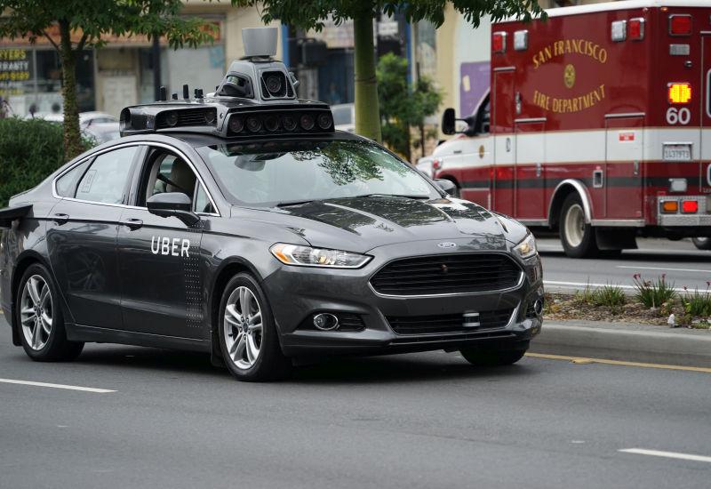 Przyszłość inteligentnych samochodów.