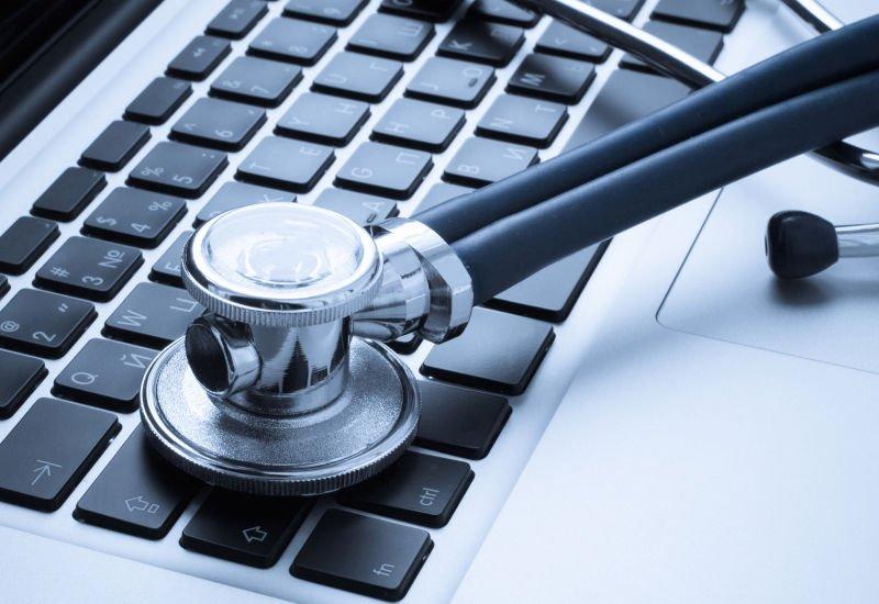 Telemedycyna - wizyty u lekarza coraz mniej potrzebne.
