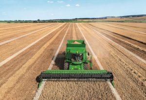 Automatyzacja pomogła rolnikom w żniwach.