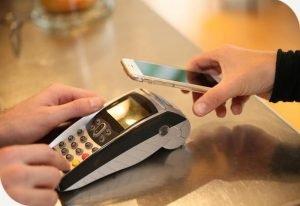 Karta podarunkowa, która pozwala płacić telefonem