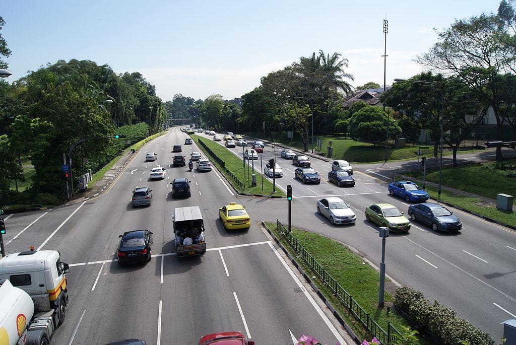 Singapur jest mniejszy od Nowego Jorku, ale korków brak