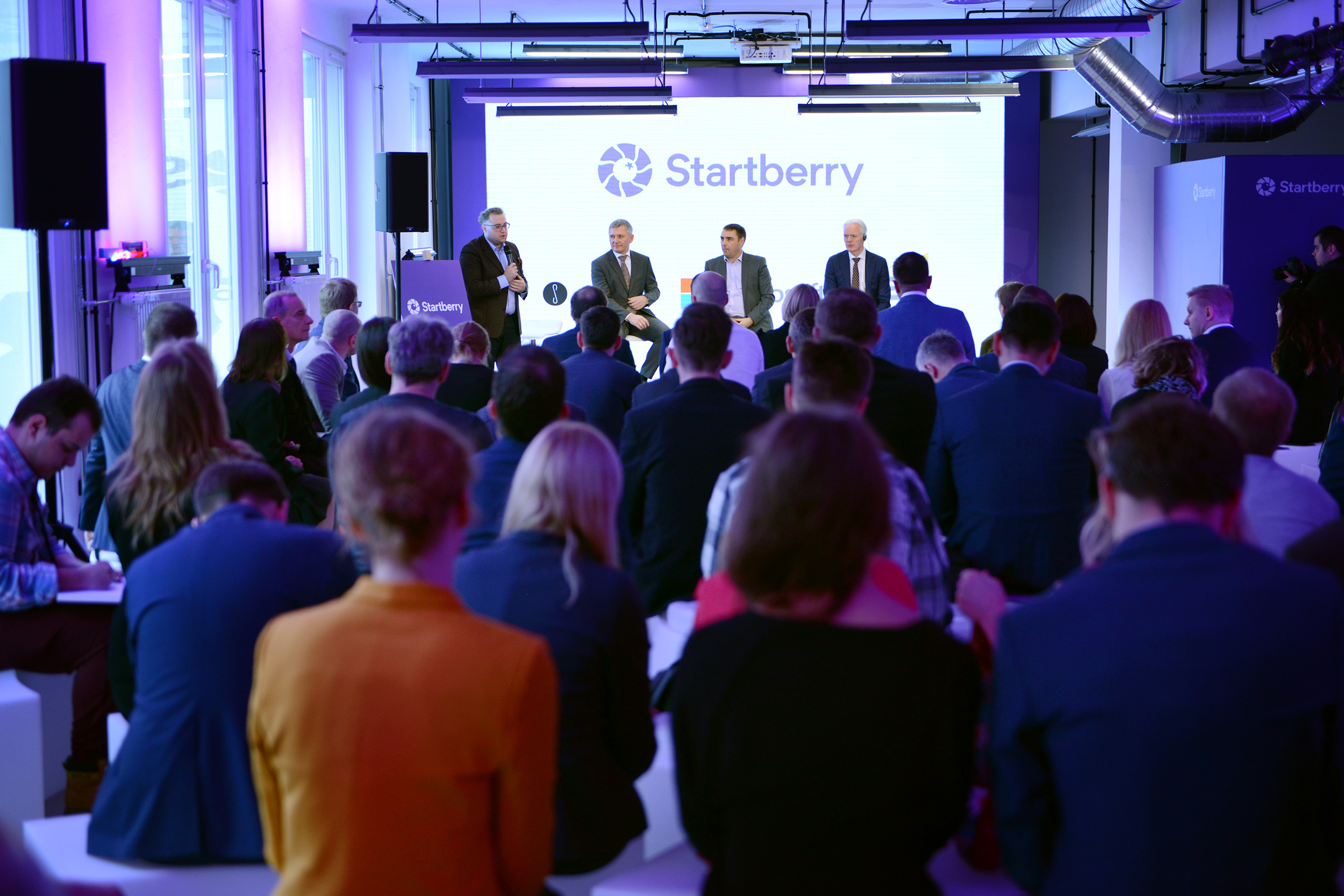 Startberry opening (9)