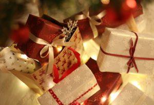 Co drugi Polak kupi prezenty świąteczne podczas akcji promocyjnych