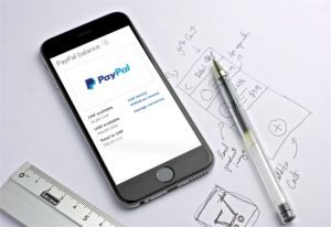 PayPal wprowadza natychmiastowe przelewy na konto bankowe