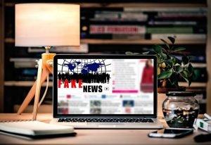 Sztuczna inteligencja pozwala zwalczać fake newsy w social media
