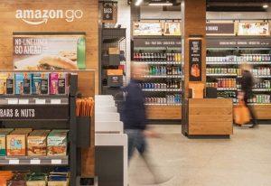 Amazon otworzył pierwszy na świecie sklep bez kas- Amazon Go.