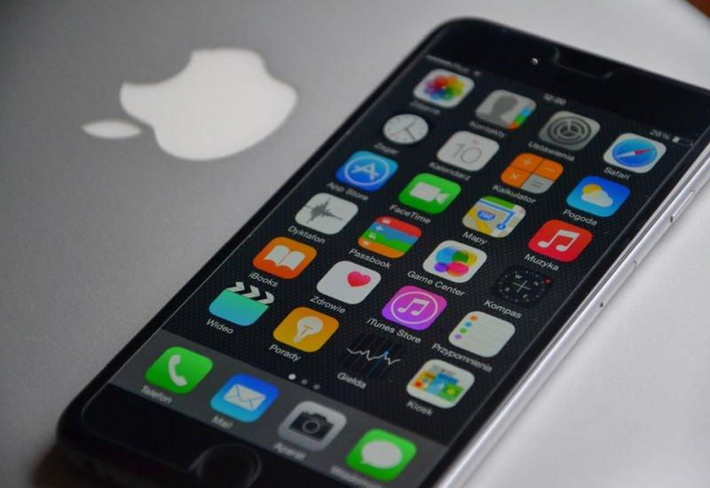 Apple Pay pojawi się w Polsce dzięki systemowi BLIK? Negocjacje z PSP podobno już trwają