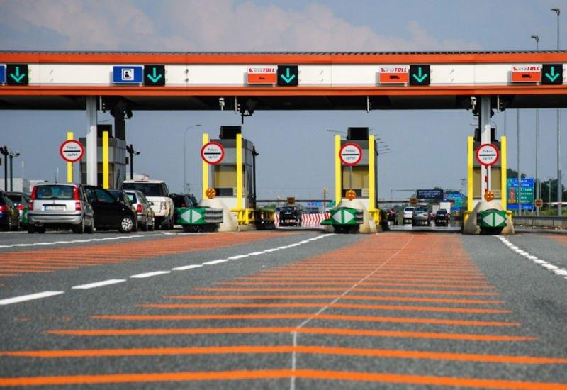 Ponad 10 mld zł przychodów z bramek na autostradach. Ile zarobił system viaTOLL?