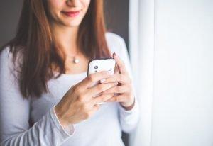 Rada Ministrów przyjęła projekt zmian ustawy Prawo telekomunikacyjne. Koniec SMS Premium?