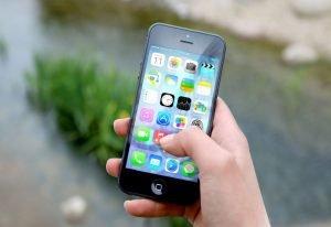 Na aplikacje mobilne wydano prawie 200 milionów dolarów.