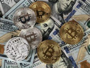 Kurs Bitcoina najniższy od wielu miesięcy. Co się dzieje?