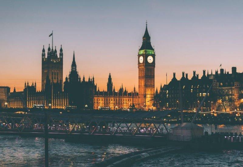 FCA, brytyjski nadzór finansowy przymierza się do uruchomienia globalnej piaskownicy regulacyjnej.