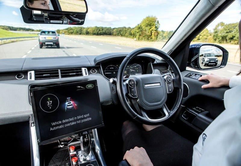 Jak rozwój autonomicznych samochodów wpłynie na branżę ubezpieczeń komunikacyjnych?