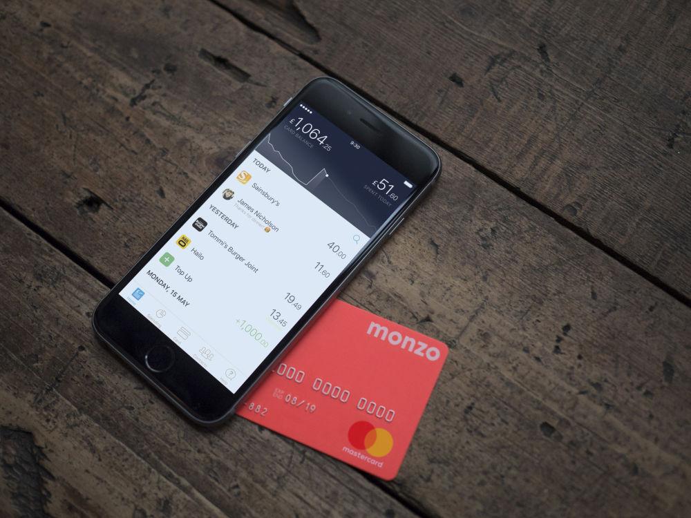 Aplikacja Monzo Bank dostępna jest także na iOS.