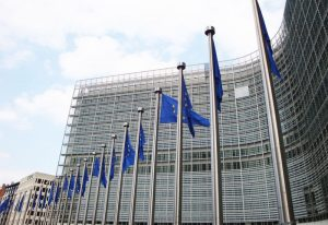Komisja Europejska publikuje RTS (regulacyjne standardy techniczne) dla PSD2.