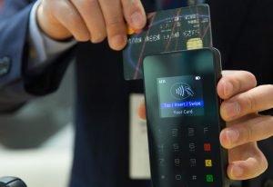 Rośnie liczba terminali, spada liczba bankomatów. Najnowsze dane NBP