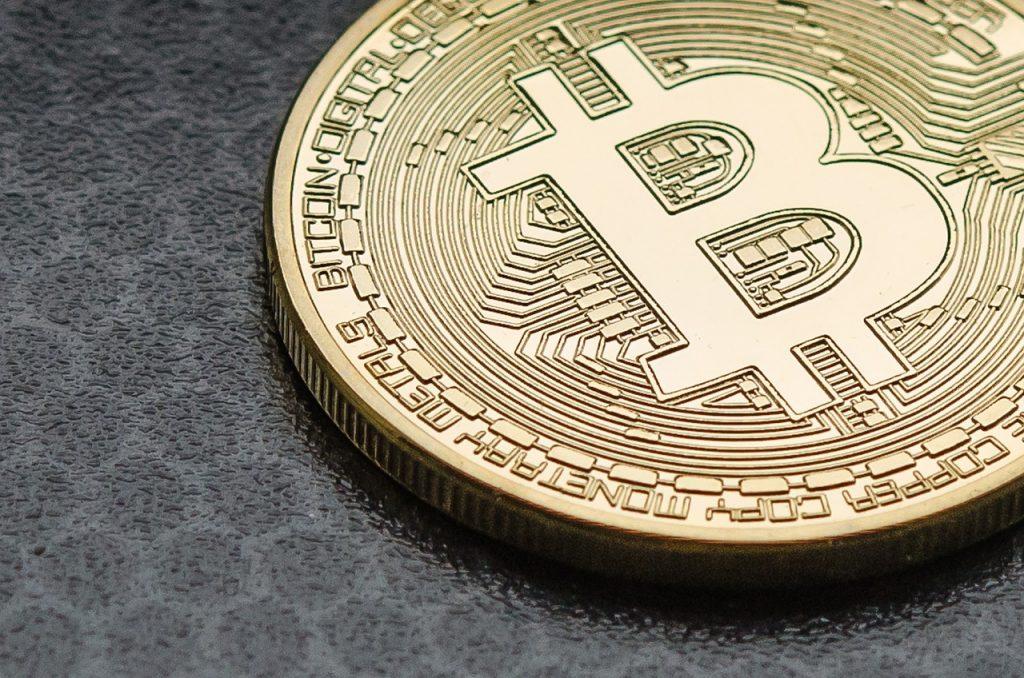 Użytkownicy na giełdach kryptowalut nie będą już anonimowi