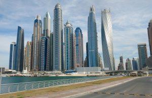 Elektroniczne tablice rejestracyjne testowane w Dubaju