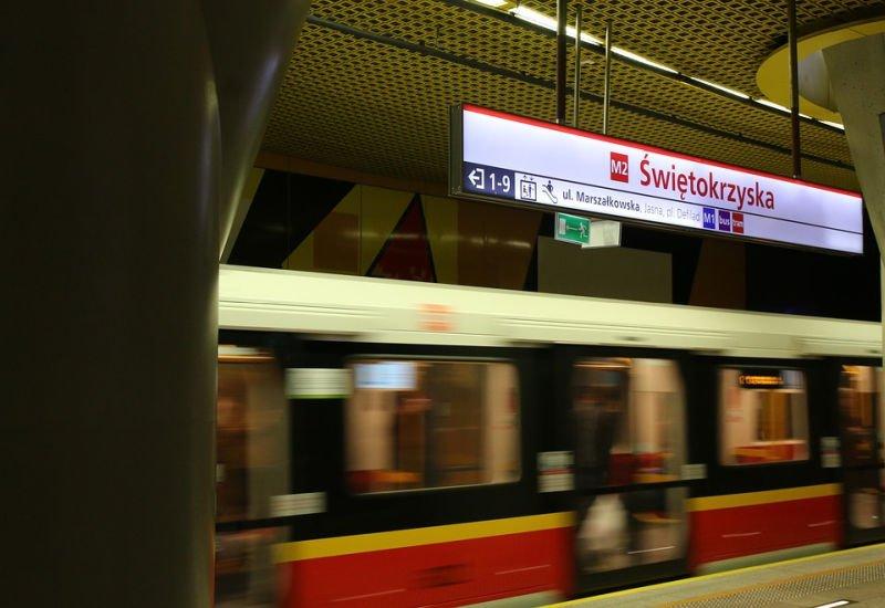 Bilet w smartfonie. Warszawa wprowadzi nowy system płatności